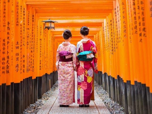 Women in traditional dress in Asia